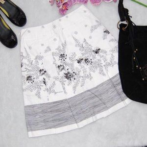 Loft Black and White Floral Pleated Lined Skirt